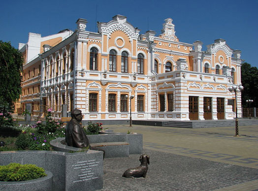 дом культуры в Прилуках