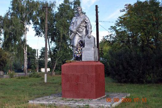 памятный монумент ветеранам ВО в селе Краснополье