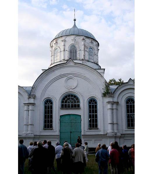 Михайловская церковь в селе Комаровка