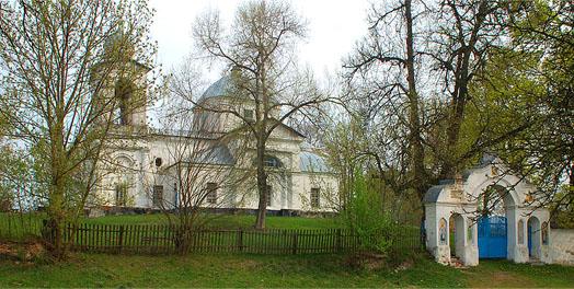 церковь Рождества Богородицы в селе Оболонье Коропского района