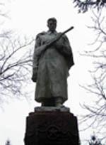 памятник воинам освободилям в селе Рыботин