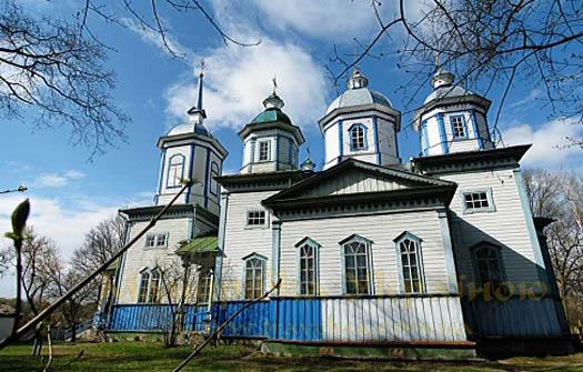 Церковь в селе Головенки Святого Архистратига Михаила