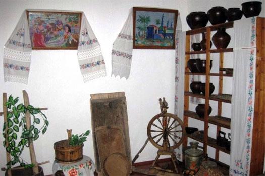 комната музея заповедника Галины Пустынь