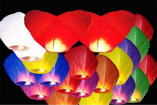 разноцветные небесные шарики